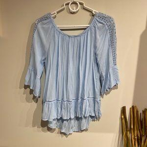 Light blue 🌀 off the shoulder top 👍🏼